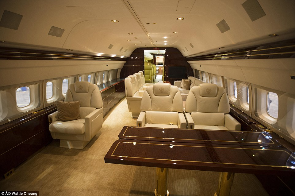 WHAT IS SEAT SHARING OR A PRIVATE JET SHUTTLE SERVICE?